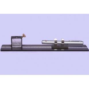 Прибор для демонстрации туннельного эффекта в оптике